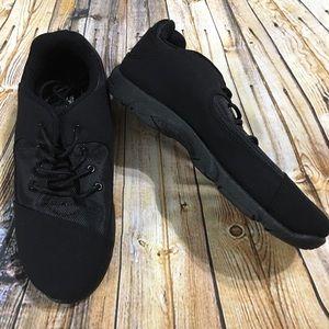Toms Black Canvas Shoes Size 9